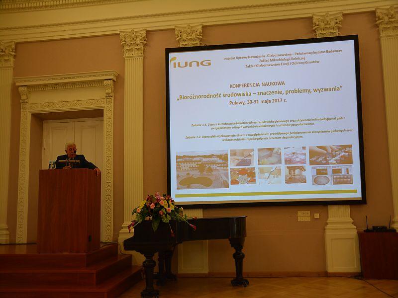 """Konferencja """"Bioróżnorodność środowiska- znaczenie, problemy, wyzwania"""""""
