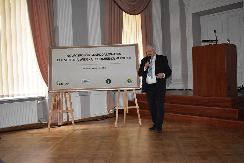 """Konferencja """"Nowy sposób gospodarowania przestrzenią wiejską i podmiejską w Polsce"""""""